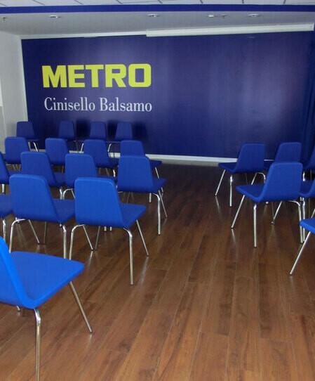 thumbnail: Metro cinisello - Italy